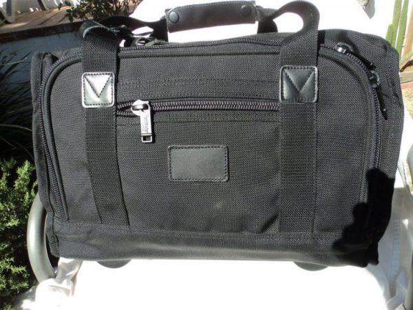 Pathfinder 8007 Black Ballistic Nylon 3 Zip Carry On